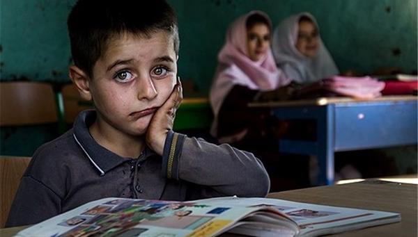 از سال جاری تا کنون بالغ بر 90 دختر جوان در قروه ترک تحصیل کرده اند