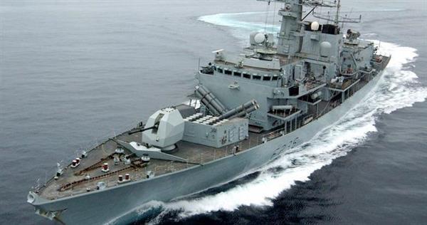گزارشها حکایت از اعزام یک ناو جنگی بریتانیایی به سوی خلیج فارس دارند