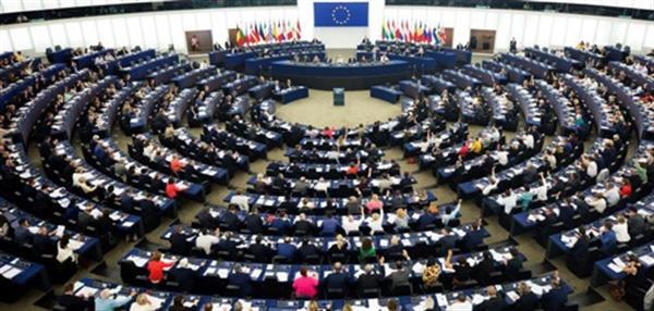 سرکوب زنان ایران توسط پارلمان اروپا محکوم شد