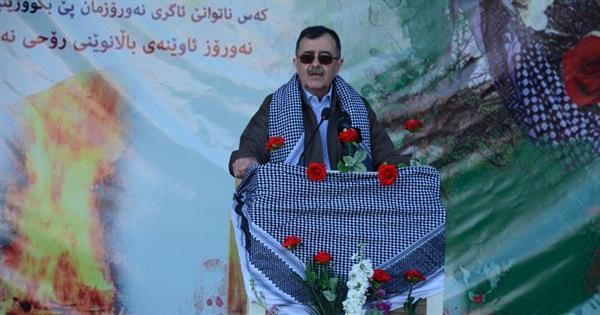 برگزاری مراسم نوروز و استقبال از بهار در اردوگاە مرکزی حزب کومەلە کردستان ایران+ عکس