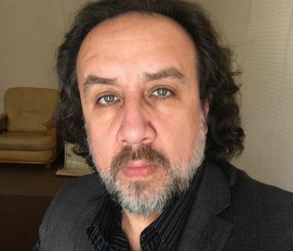 مصاحبه کوتاه و اجمالی مرکز خبری آسونیوز با روزنامه نگار کورد فرزین کرباسی در خصوص وضعیت کارگران در ایران