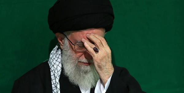 چند تن از وکلای ایرانی ضمن نامشروع خواندن انتصاب علی خامنه ای، خواستار بازگرداندن کشور به مردم شده اند