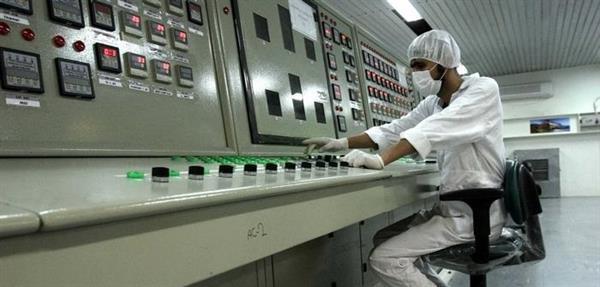 آژانس تائید کرد که ایران از مرز تعیین شده غنی سازی عبور کرده است